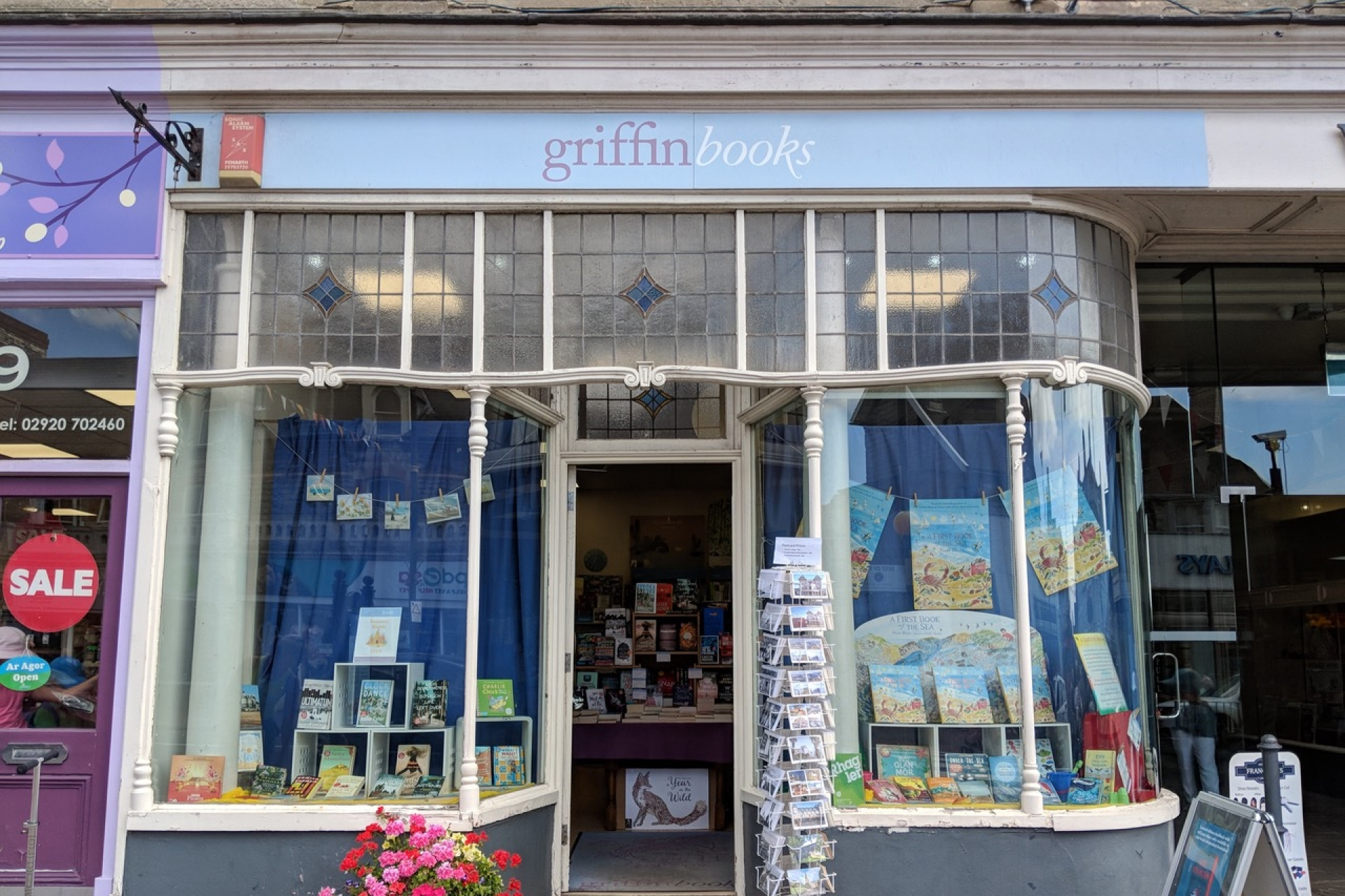 LoveReading Bookshop of the Month: Griffin Books